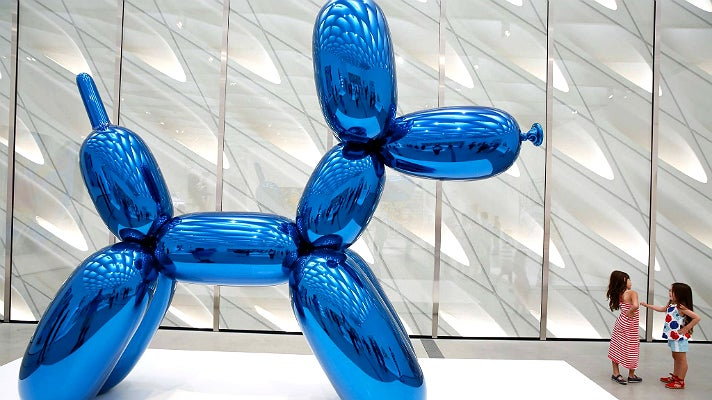 "Jeff Koons, ""Balloon Dog (Blue)"" (1994-2000) at The Broad"